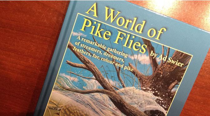 Ein Buch voller Hechtfliegen aus der ganzen Welt